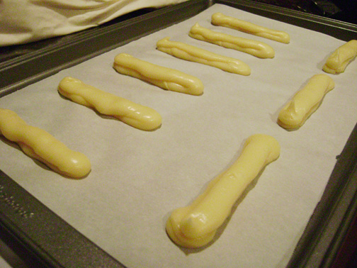 Daring Bakers August: eclairs