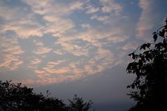 九月の夕暮れの雲