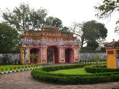 VIETNAM, Hue - in der verbotenen Stadt, Schönes buntes Tor (roba66) Tags: vietnam hue königspalast earthasia