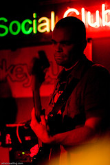 adamreading photography 2008-10-12-9951 (adamreading) Tags: show concert live gig gigs monkeysuit iconcur oakfordsocialclub drinksin107132