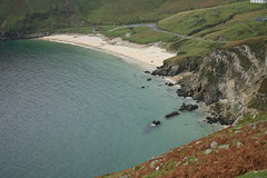 Keem Bay (granardblue) Tags: ocean ireland island atlantic mayo achill keembay irishcoast mywinners citrit betterthangood goldstaraward