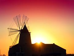 sicilia agosto 2008: tramonto sulle saline (blu69) Tags: saline sicilia trapani