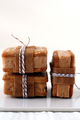 pumpkin and gingerbread ice cream sandwiches (cannelle-vanille) Tags: autumn pumpkin spices icecreamsandwiches gingerbreadsugarcookies
