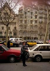 1992-Barcelona-Casa Batllo (lossilva10) Tags: barcelona casa batllo