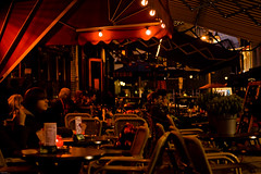 Some Warmth (Rutger Blom) Tags: city people holland public netherlands café dutch evening europa europe chairs terrace nederland thenetherlands avond tilburg nederlands centrum caf terras afton stad kroeg customers mensen stoelen klanten kväll stolar kunder människor nederländerna kvll terrass mnniskor nederlnderna holländsk hollndsk tilburgnorthbrabant