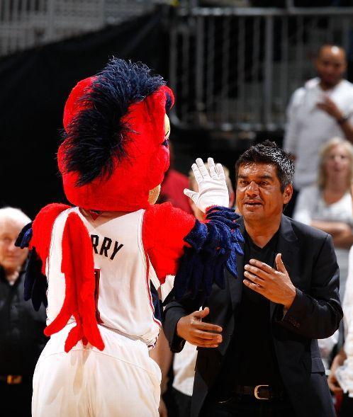 20100428-hawks-mascot-george-lopez
