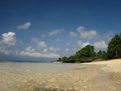 Sea Sky Beach Siquijor Philippines (hn.) Tags: ocean sea copyright beach water strand island coast sand asia asien heiconeumeyer meer seasia soasien southeastasia sdostasien wasser philippines insel sanjuan pi shore coastline visayas pilipinas kste sandybeach philippinen sandbeach copyrighted thephilippines siquijor cocogrove ozean sandstrand visayan oceanshore tubod siquijorisland centralvisayas tp0708 siquijorprovince cocogroveresort