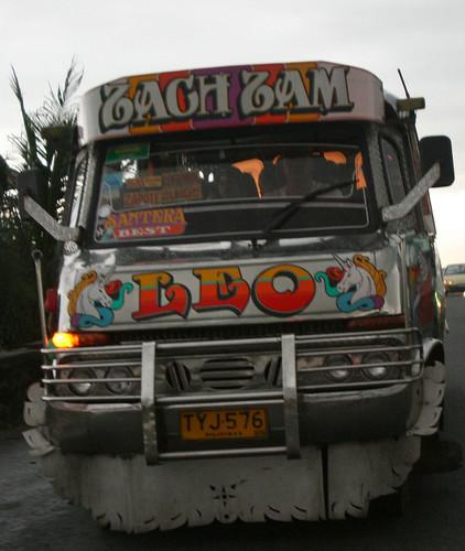 bus- jeepney hybrid 4