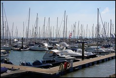 Lymington- Marina (Chalkie_CC) Tags: england water marina canon river boats hampshire yachts lymington chalkiecc eos40d onlythebestare