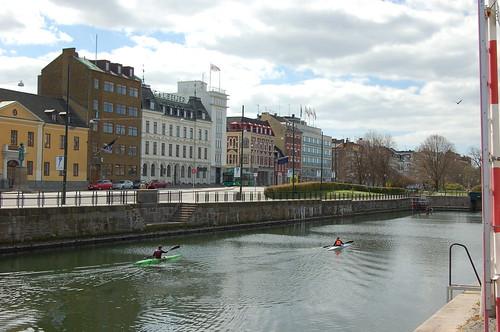 運河でカヤック