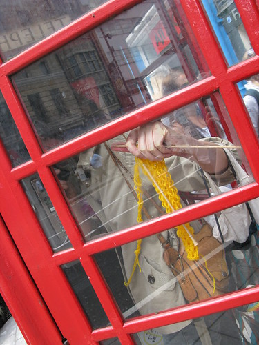 phone box knitting