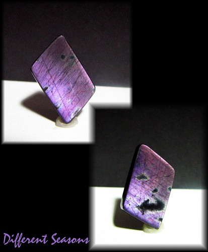 Grape Jelly SPectrolite 21.5 cts 20.5mm by 15.5mm