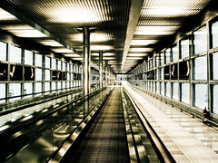 walk without steps (Fotis ...) Tags: glass strange airport walk steel inox forawalk stangeenviroment