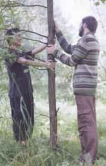 автопортрет 96й день (tomato_senya) Tags: trees summer selfportrait green me nature hands bodylanguage domodedovo dimaya 365ru