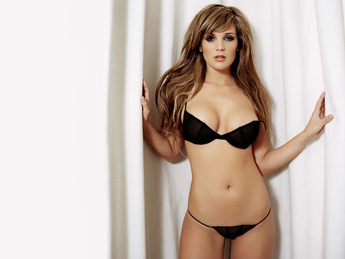 Danielle Lloyd wallpaper 11
