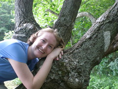 Shannon in the tree at Bly Gap