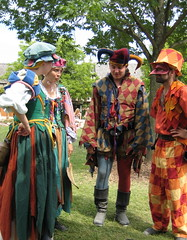 Street Cast at the Bristol Renaissance Faire (skeggy) Tags: carnival usa festival wisconsin bristol photo illinois mask image jester border july tights creativecommons faire elizabethan renfair fools carnevale renaissance harlequin 2007 jesters 16thcentury revelry kenosha commediadellarte buffoon feastoffools bicolored attributionnoncommercialsharealike particolored bauta streetcast