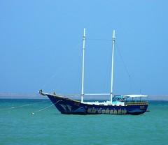 Dead calm (jmven) Tags: blue sea beach boat er kodak playa concorde margarita isla mosquera corsario z612