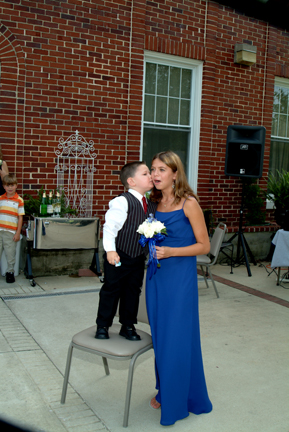 ryan kissing amber