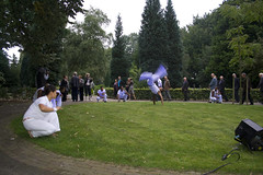 Voorstelling op de begraafplaats (Omroep Brabant) Tags: show licht avond denbosch jubileum begraafplaats kerkhof viering omroepbrabant orthen wwwomroepbrabantnl 150jarig
