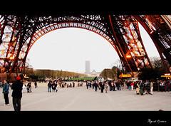 Paris (Miguel Tavares Cardoso) Tags: bridge paris france torre tour frana eiffel hotornot otw miguelcardoso beautifulexpression flickraward panoramafotogrfico miguelcardoso2008 migueltavarescardoso