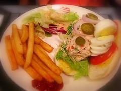 辣鮪魚蛋沙拉三明治