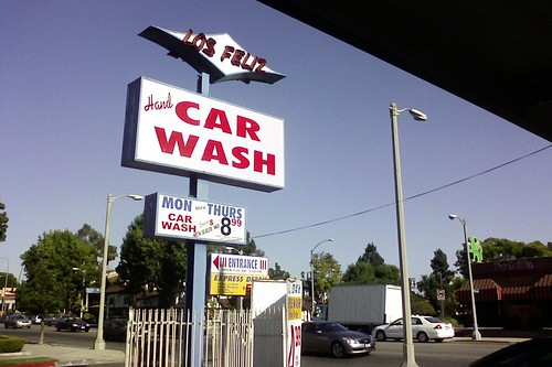 Los Feliz Car Wash
