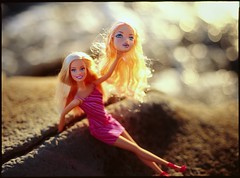 2940425445 183d08a165 m Upcycling Barbie