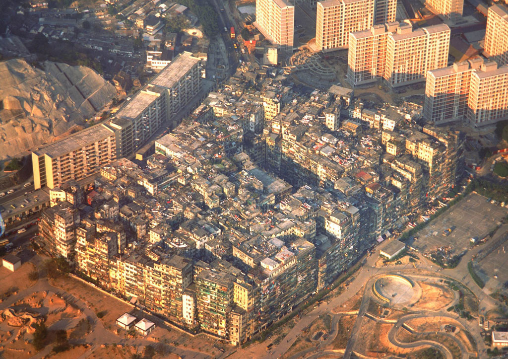 Kowloon Walled City in late 1980s