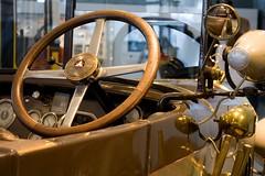 Mercedes-Benz-Museum  #16 (Gino Bonetti) Tags: mercedesbenzmuseum