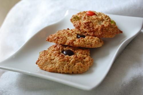 nestum, oat and m&m cookies