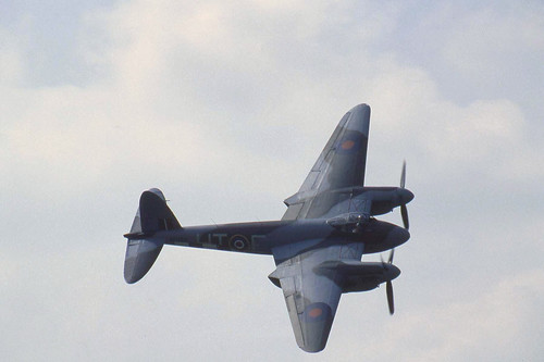 Warbird picture - DH 98 Mosquito
