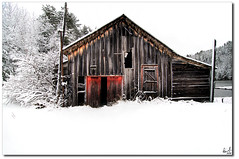 Weekend's Snow Fall (Pierre Contant) Tags: wood winter red canada tourism barn forest photoshop nikon quebec pierre tokina abitibi d300 cs3 temiscaming 1116 tmiscamingue contant omot forestery opemican abitibitmistamingue tokinaatx116prodx pierrecontant