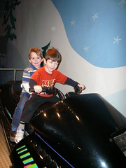 Geoffrey and Adam at the Science Museum (DNAMichaud) Tags: adam museum geoffrey sciencemuseum