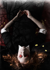 Love doesn't always have a happy ending. (AchetoMake) Tags: hearts death suicide beloved illness heartbroken endings loveproject ohsogoth conceptphotos gonebeforehertime