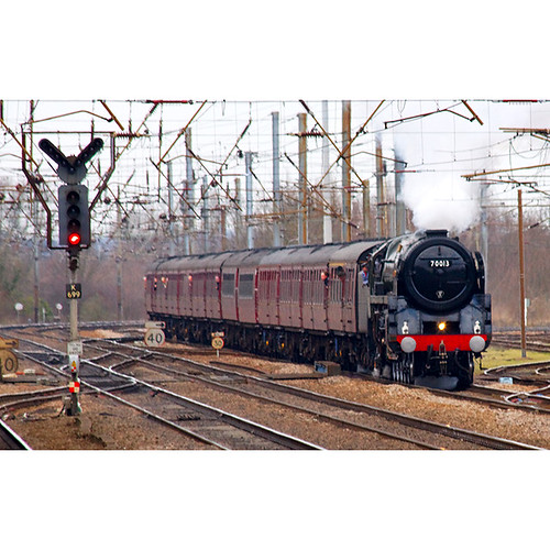 Oliver Cromwell passes Hitchin