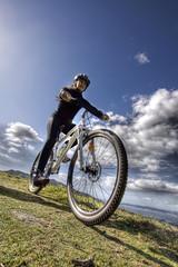 BTT. (benitojuncal) Tags: mountain bike canon sofia 10 btt mountainbike bicicleta paisaje galicia nubes rueda pontevedra vigo rias descenso nigran 22mm baixas chandebrito
