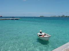 Nassau Harbor (StGrundy) Tags: blue sky lighthouse seascape water harbor boat crystal sony ships clear caribbean bahamas nassau newprovidence dsch2 platinumheartawards oceansofwondercontest