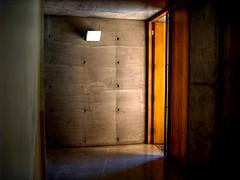 AL-3 (JavierPsilocybin) Tags: chile door santiago wall campus geotagged pared puerta gate university uc muralla puc hdr aula sanjoaquin foco concreto abierta universidadcatolica 3xp csj al3 qtpfsgui pontificiauniversidadcatolicadechile mantiuk aulaslassen geo:lon=70608836 geo:lat=33497566