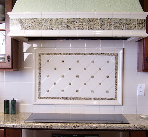 Backsplash & Hood Design by NancyHugoCKD.com.