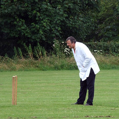 Stephen Fry, Celebrity Cricket Umpire (Sam Knox) Tags: charity norfolk umpire stephenfry familyfunday cricketmatch pentney