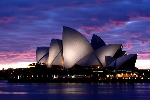 フリー写真素材, 建築・建造物, 夜景, 美術館・博物館・劇場, シドニー・オペラハウス, 世界遺産, シドニー, オーストラリア,
