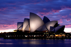 [フリー画像] 建築・建造物, 夜景, 美術館・博物館・劇場, シドニー・オペラハウス, 世界遺産, シドニー, オーストラリア, 200807132000