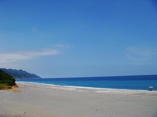 東部的海真漂亮