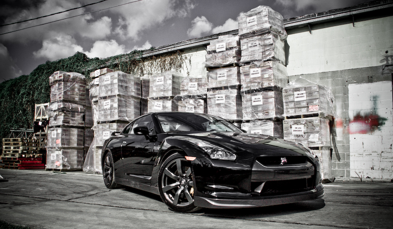 Today I did a quick photo shoot with the beautiful 2009 Black Obsidian GTR