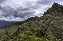 Wales, Snowdonia: West Peak (Tim Blessed) Tags: sky mountains clouds landscapes countryside scenery rocks hills peaks snowdonia northwales singlerawtonemapped