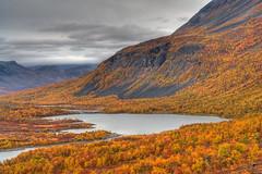 Tarra Valley (Johan Assarsson) Tags: autumn colors trekking landscape nationalpark sweden lappland valley hdr tarradalen