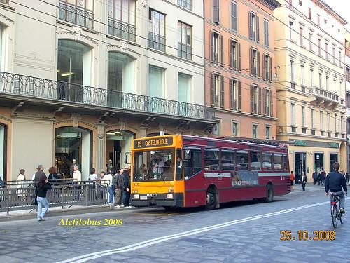 Bologna: Iveco n° 5212 - linea 19