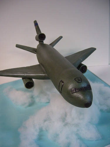 KC-10 Extender airplane cake