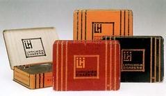 Anglų lietuvių žodynas. Žodis tobacco-box reiškia n tabakinė lietuviškai.